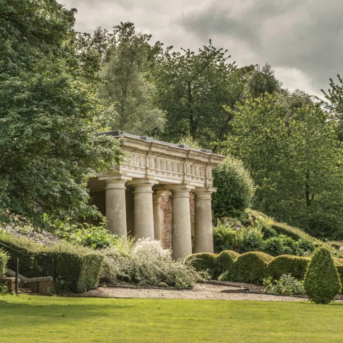 The Italian Gardens and temple