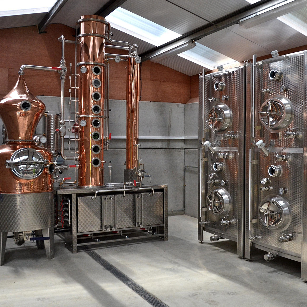 Silent pool gin distillery